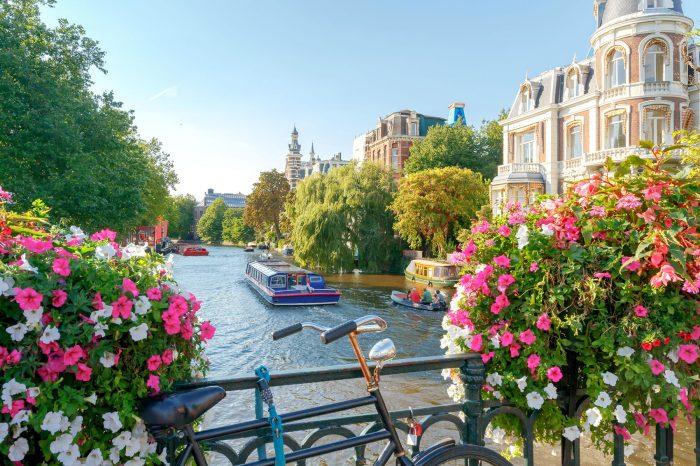 Amsterdam mit Grachtenfahrt (NL)
