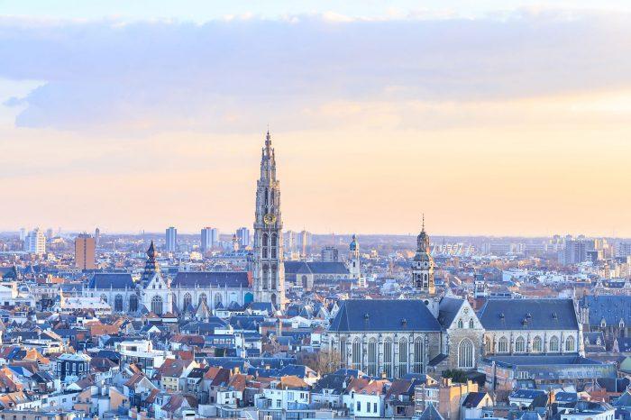 Antwerpen mit Stadtrundgang (BEL)